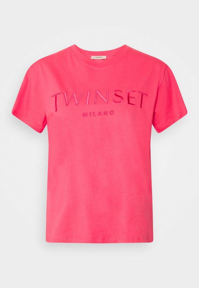 CON LOGO - T-shirt basique - rosa neon