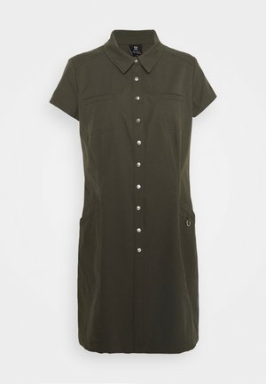 LYRIC CAP DRESS - Sportskjole - cypress