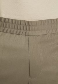 Filippa K - TERRY CROPPED PANTS - Trousers - grey taupe - 6