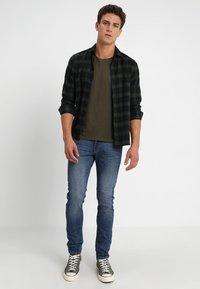 Key Largo - MILK - Basic T-shirt - olive - 1