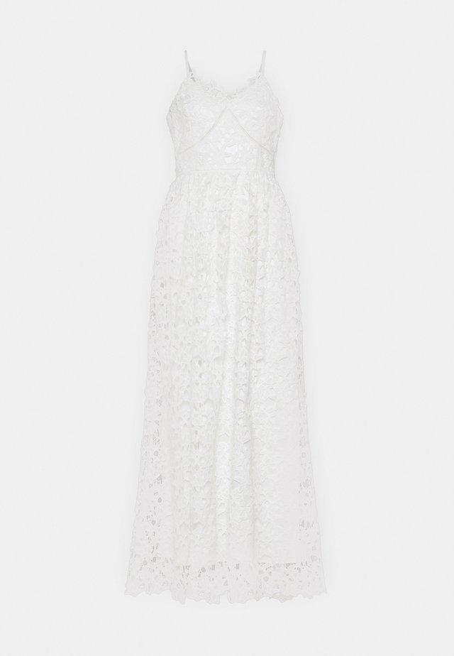 YASLUIE  - Suknia balowa - star white