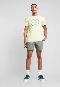 Quiksilver - Shorts - kalamata - 1