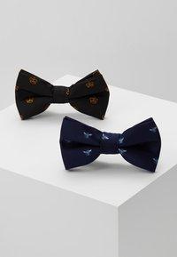 Burton Menswear London - CROWN&WASP 2 PACK - Pajarita - black - 0