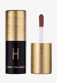 LH cosmetics - LATEX FEVER - HIGH SHINE MULTI-USE LIQUID LIPSTICK - Vloeibare lippenstift - - - 0