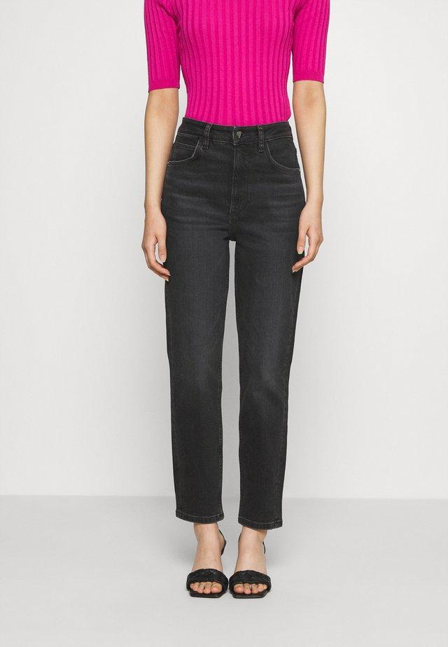 MOM - Jeans baggy - portoblack