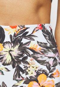 O'Neill - BELLA TALAIA FIX SET - Bikini - white/red - 5