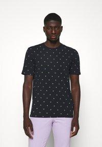Scotch & Soda - CLASSIC CREWNECK TEE - Print T-shirt - dark blue - 0