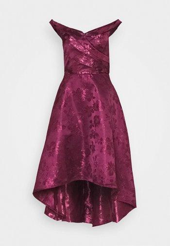 LIANA DRESS - Robe de soirée - berry