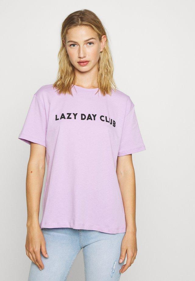 T-shirts print - lilac