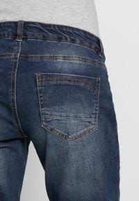 MAMALICIOUS - MLCELIA BOYFRIEND JEANS  - Relaxed fit jeans - medium blue denim - 5