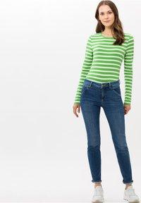 BRAX - STYLE CARINA - Long sleeved top - green - 1
