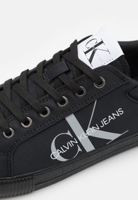 Calvin Klein Jeans - LACEUP - Trainers - full black - 5
