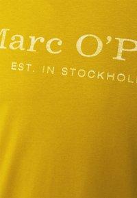 Marc O'Polo - SHORT SLEEVE CLASSIC - Print T-shirt - renaissance gold - 2