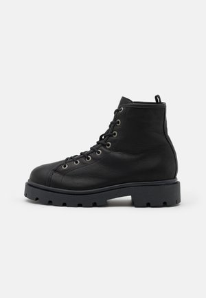 SLFEMMA LACEUP BOOT - Platform ankle boots - black