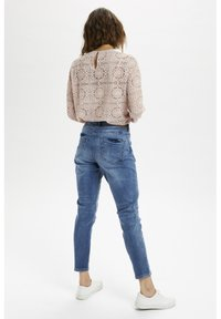 Cream - CRHOLLY - Slim fit jeans - light blue denim - 2