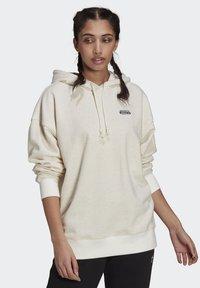 adidas Originals - HOODIE - Sweat à capuche - white - 0