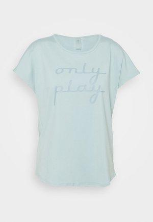 ONPFUDIE LOOSE TRAIN TEE - T-shirt print - gray mist/darker gray mist