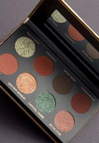 Luvia Cosmetics - HIDDEN FOREST - Eyeshadow palette - - - 4