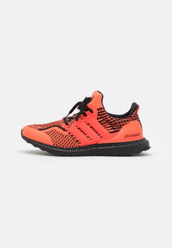 ULTRABOOST 5.0 DNA UNISEX - Trainers - solar red/core black