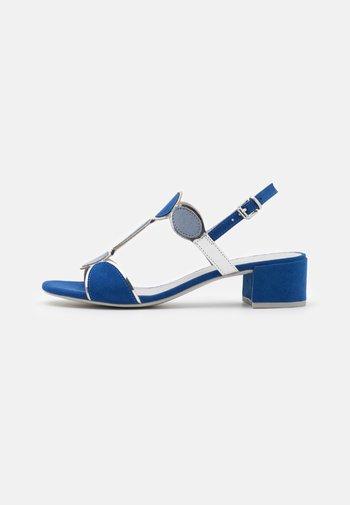 Sandals - royal