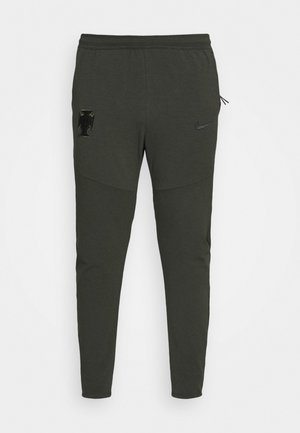 PORTUGAL FPF  PANT - Tracksuit bottoms - sequoia/black