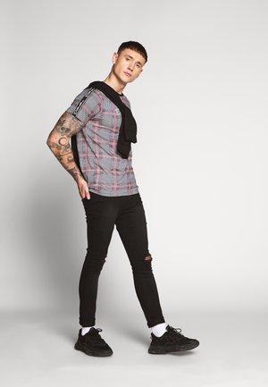 CORNELIO - T-shirt print - black