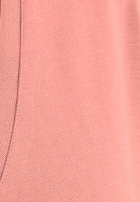 Vero Moda - VMFILLI V NECK TEE - Basic T-shirt - old rose - 2
