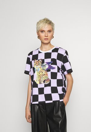 LUXINO CHECKED - T-shirts med print - lilac