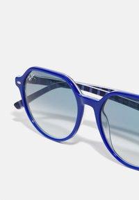 Ray-Ban - UNISEX - Sunglasses - vichy blu/white - 5