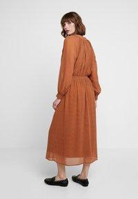 mint&berry - Maxi dress - white/ brown - 2