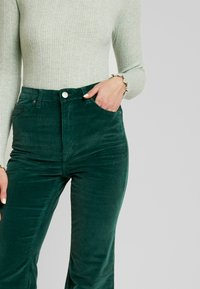 ZIGGY Denim - SKYSCRAPER - Trousers - forest green - 5
