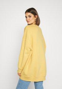 Monki - BEATA - Sweatshirt - yellow - 2