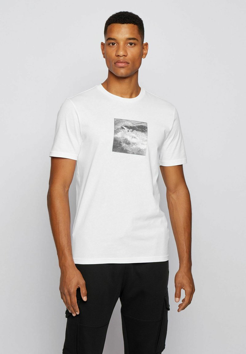 BOSS - TNOAH 5 - Print T-shirt - white
