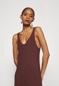 Zign - Vestito di maglina - brown - 3