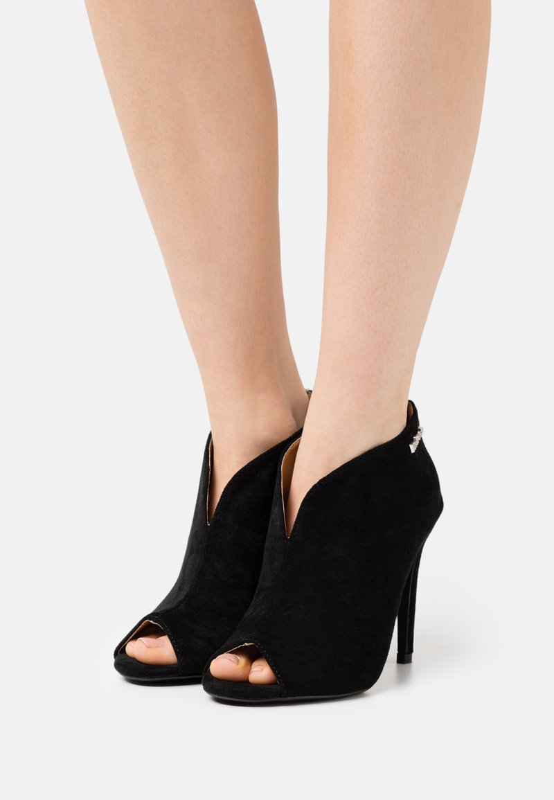 Refresh - High heeled ankle boots - black