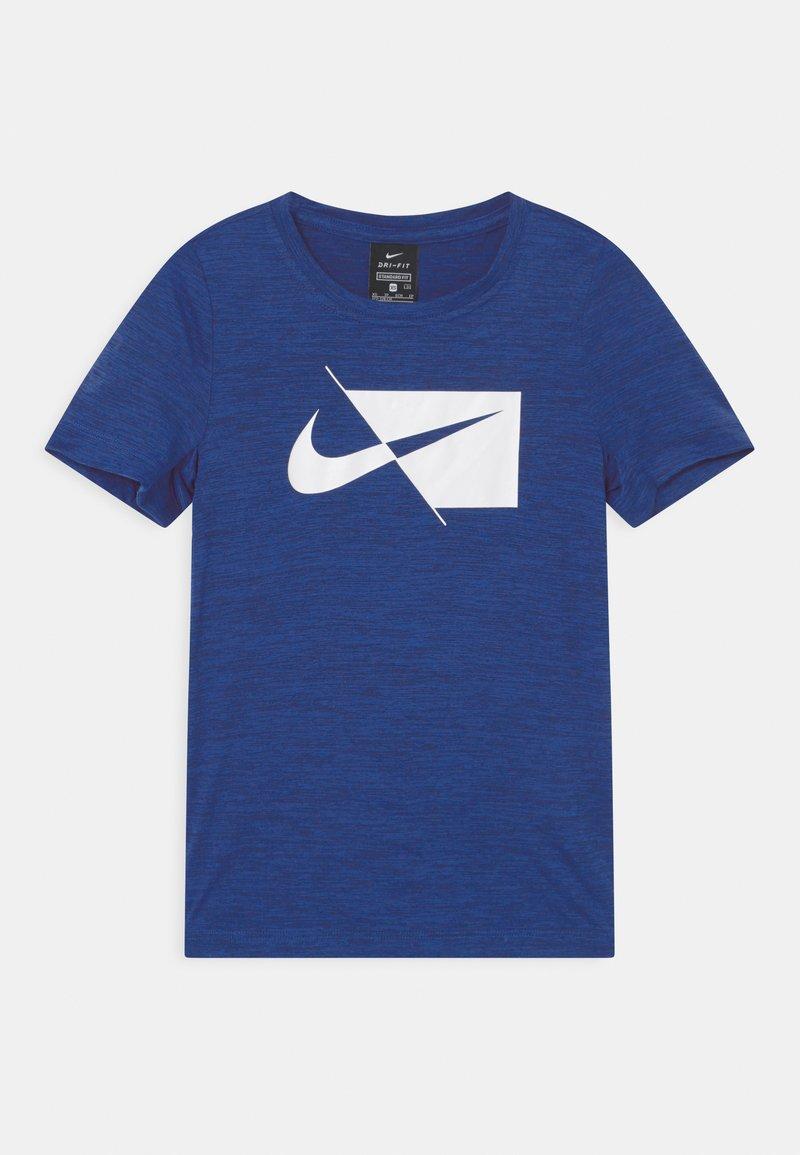 Nike Performance - DRY  - T-shirt z nadrukiem - blue void/white