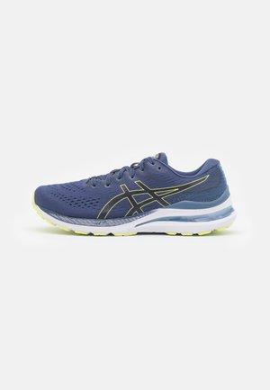 GEL KAYANO 28 - Stabile løpesko - thunder blue/glow yellow