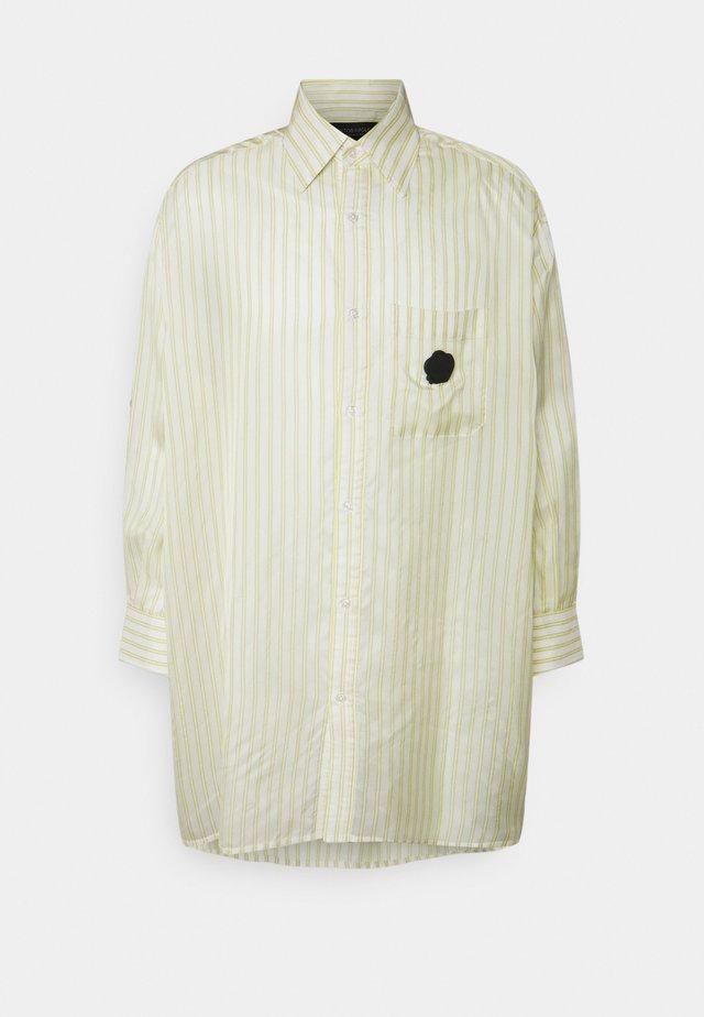 STRIPE SHIRT - Skjorte - yellow