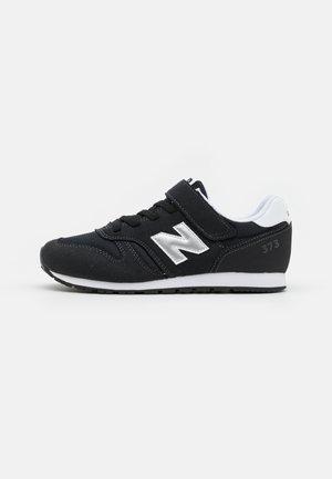 YV373KN2 UNISEX - Zapatillas - black