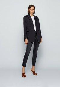 BOSS - Jeans Skinny Fit - dark blue - 1
