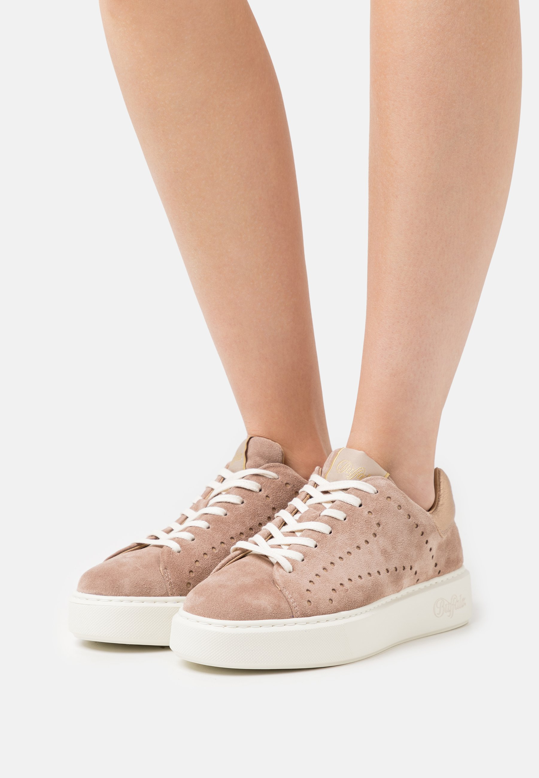 Donna ROCCO - Sneakers basse - taupe