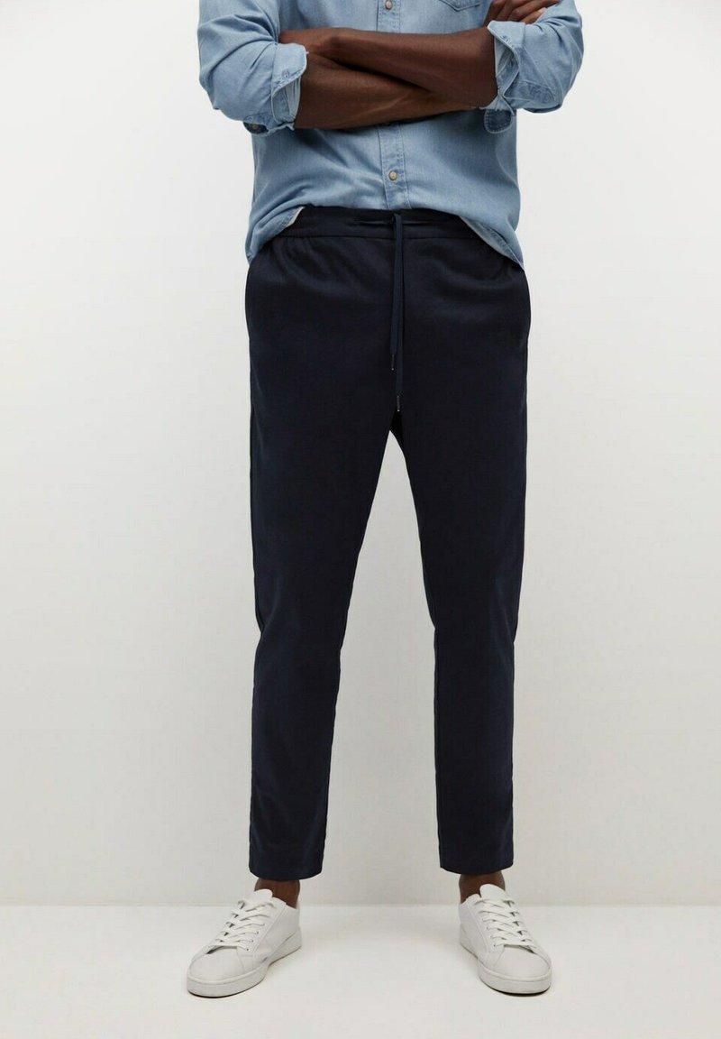Mango - MATEO - Trousers - dunkles marineblau