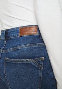 Vero Moda - VMHANNA  - Skinny džíny - medium blue denim - 5