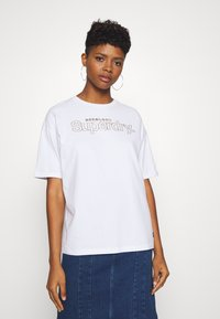 Superdry - SWISS LOGO OUTLINE BOXY TEE - Print T-shirt - optic - 0
