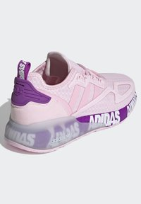 adidas Originals - ZX 2K BOOST SCHUH - Trainers - pink - 2