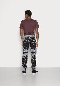 Sixth June - BANDANA PANTS - Cargo trousers - black - 2