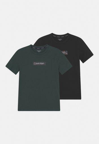 TEES 2 PACK - T-shirts med print - dark spruce/black