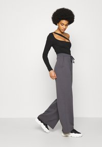 Nly by Nelly - ALL YOU NEED PANTS - Tracksuit bottoms - anthracite - 3