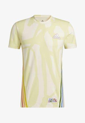 T-shirt de sport - multicolor/cream white/yellow tint