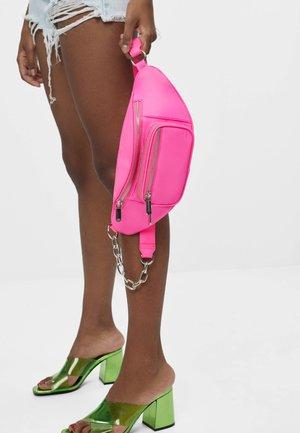 REFLEKTIERENDE - Bum bag - neon pink